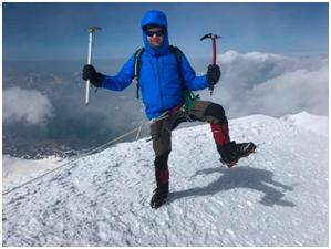 Казбек. Высота 5 033 м. Июль 2019.